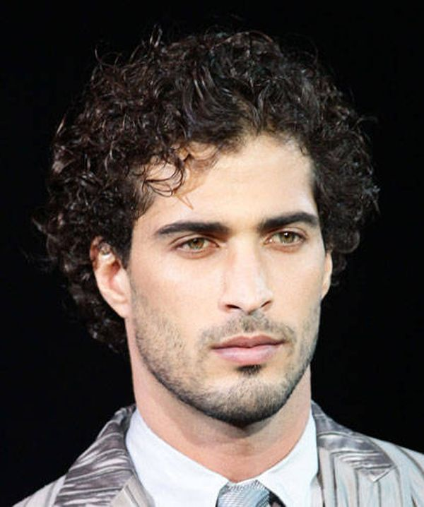 40+ Hairstyles for men with curly hair inspirations