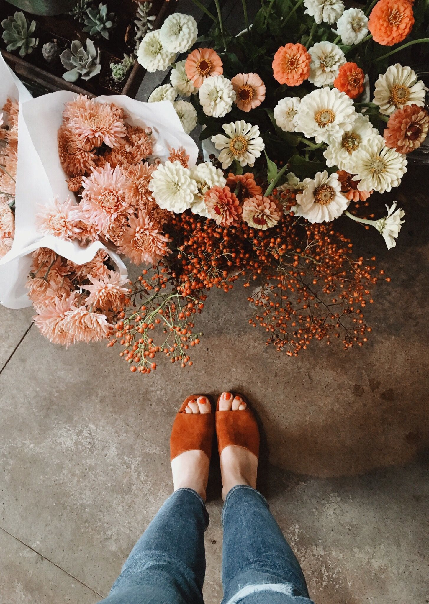 Love This Burnt Orange Hue In The Shoes And Flowers