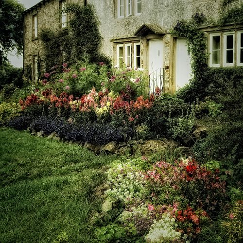 Homesweethome English Country Gardens Garden Inspiration Garden