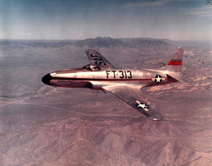 An F-80 Shooting Star minus it usual wing drop tanks  | F-80