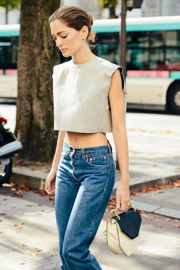 Vacation Look Boxy Crop Top 2017 Street Style