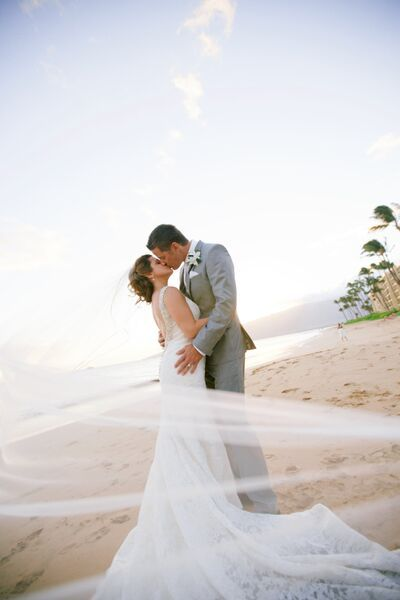 Beach Wedding Photo Backless Gown And Long Wedding Veil Anna Kim Photography Beach Wedding Photos Long Veil Wedding Beautiful Outdoor Wedding