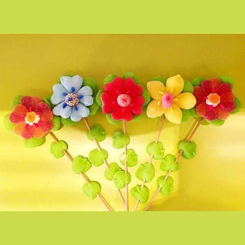 brochettes de bonbons fleurs - glup's caen : 100% bonbons