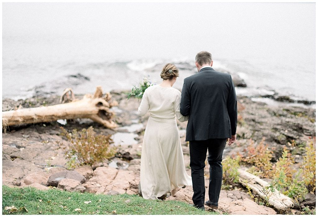 An Intimate North Shore Wedding Larsmont Cottages Two Harbors North Shore Wedding Two Harbors North Shore