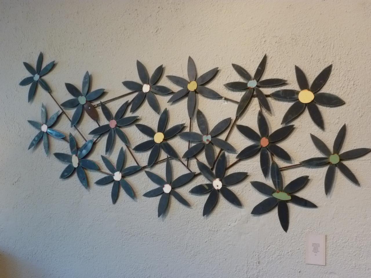 Metalwallartinspirationg metal flowers pinterest
