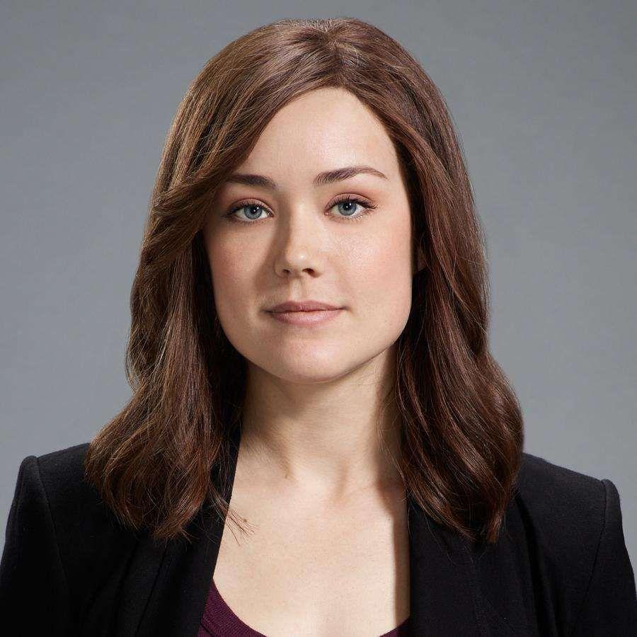 Megan Boone Wears A Wig When She Appears On Blacklist In Real