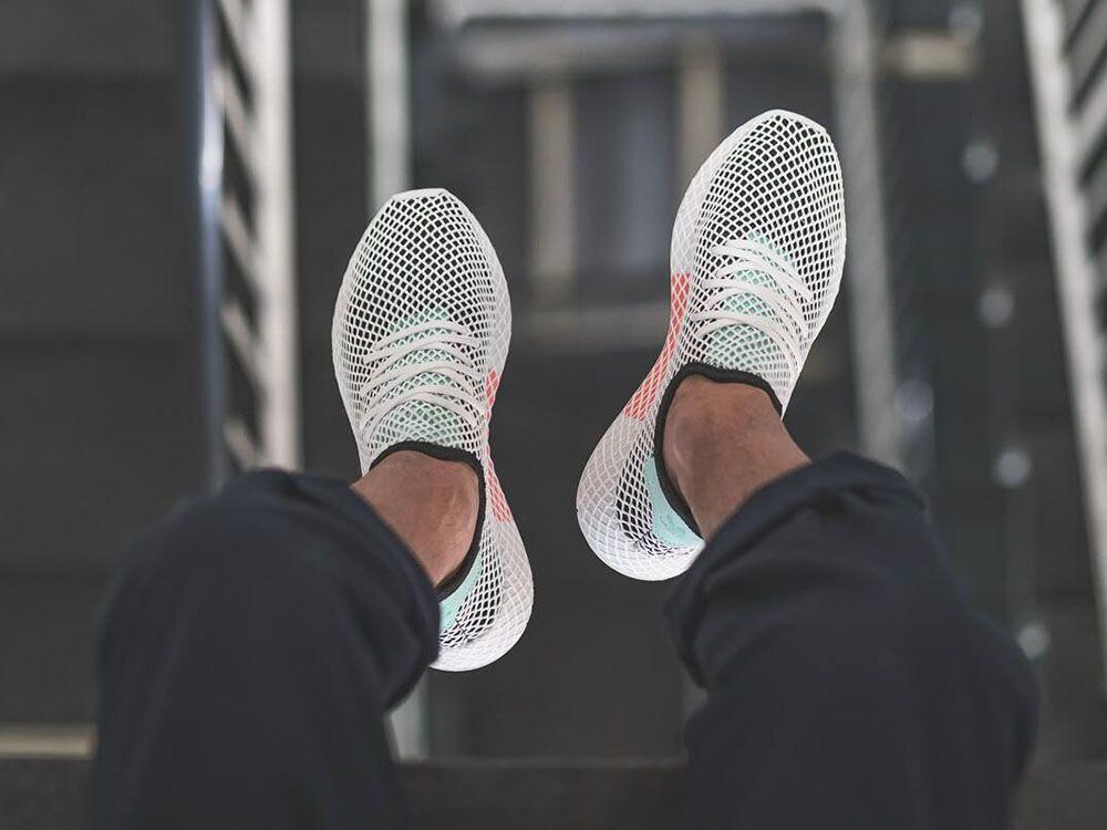 Calkiem Nowe Buty Adidas Deerupt Nadchodza W Wersji Easy Green Sneakers Sneaker Magazine Slip On Sneaker