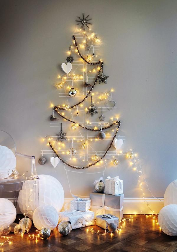 Diy Christmas Tree Decoration Ideas No Problem Clever Wall Decor With Heart Ornaments Snowflakes And Black Beaded Garland