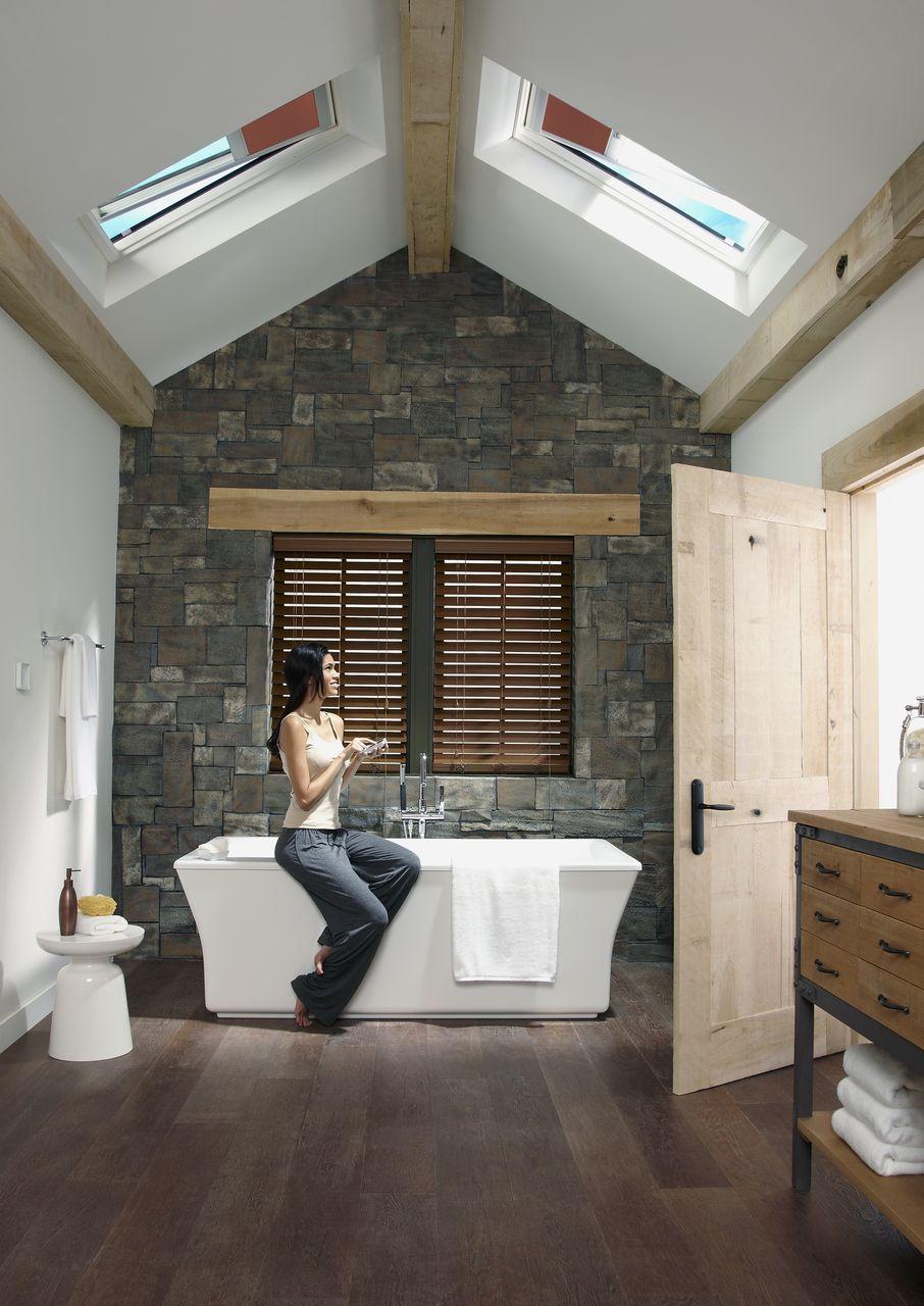 VELUX Dachfenster... gerade im Bad eine gute Idee! | Badezimmer ...
