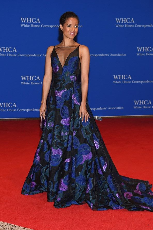 Celebrity Style I red carpet I evening gown I Gugu Mbatha I floral evening gown I floral embroidery I purple evening dress @monstylepin