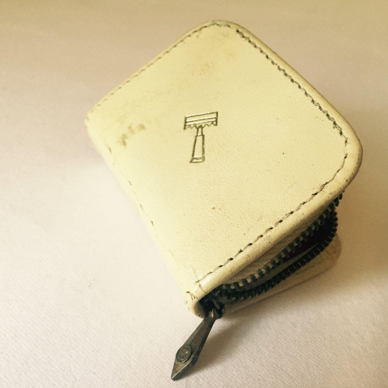 Vintage Gold Gillette Safety Razor Set Mint Extra Razor