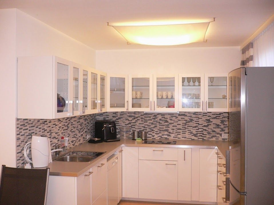 Auch in der Küche spendet ein Lichtsegel viel indirektes und - deckenlampen für küchen