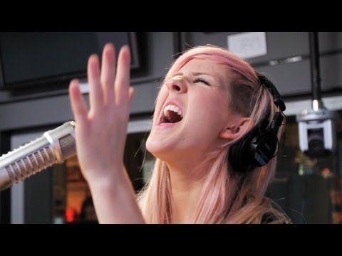 Ellie Goulding - Lights (Acoustic on Ryan Seacrest) | Performance