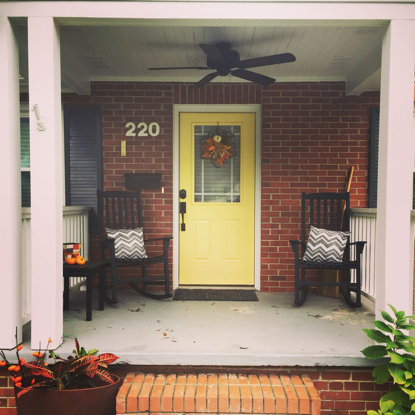 Helloyellow bright yellow front door with red brick - Gray house yellow door ...