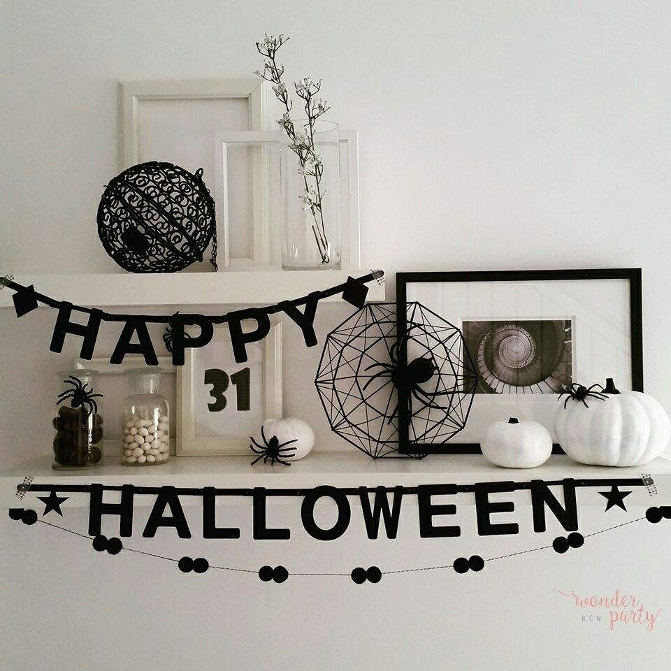 Black anda White Halloween decor Halloween decor inspiration - black and white halloween decorations