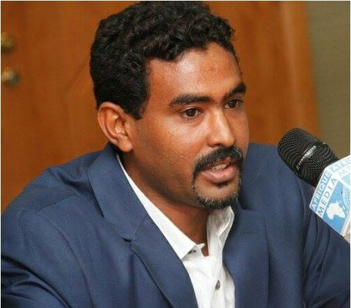 جهاز الأمن السوداني يمنع الصحفي (مجاهد عبد الله) من الكتابة في الصحف