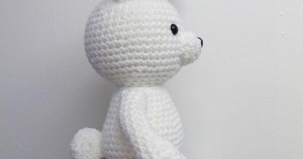 Amigurumi To Go: Regular Legs For Valentine Bear and Pom Pom Tail For Valentine Bunny https://de.pinterest.com/pin/427208714638390140/sent/?sender=71354112754585764&invite_code=55888086c916477fa0c714df73c52612
