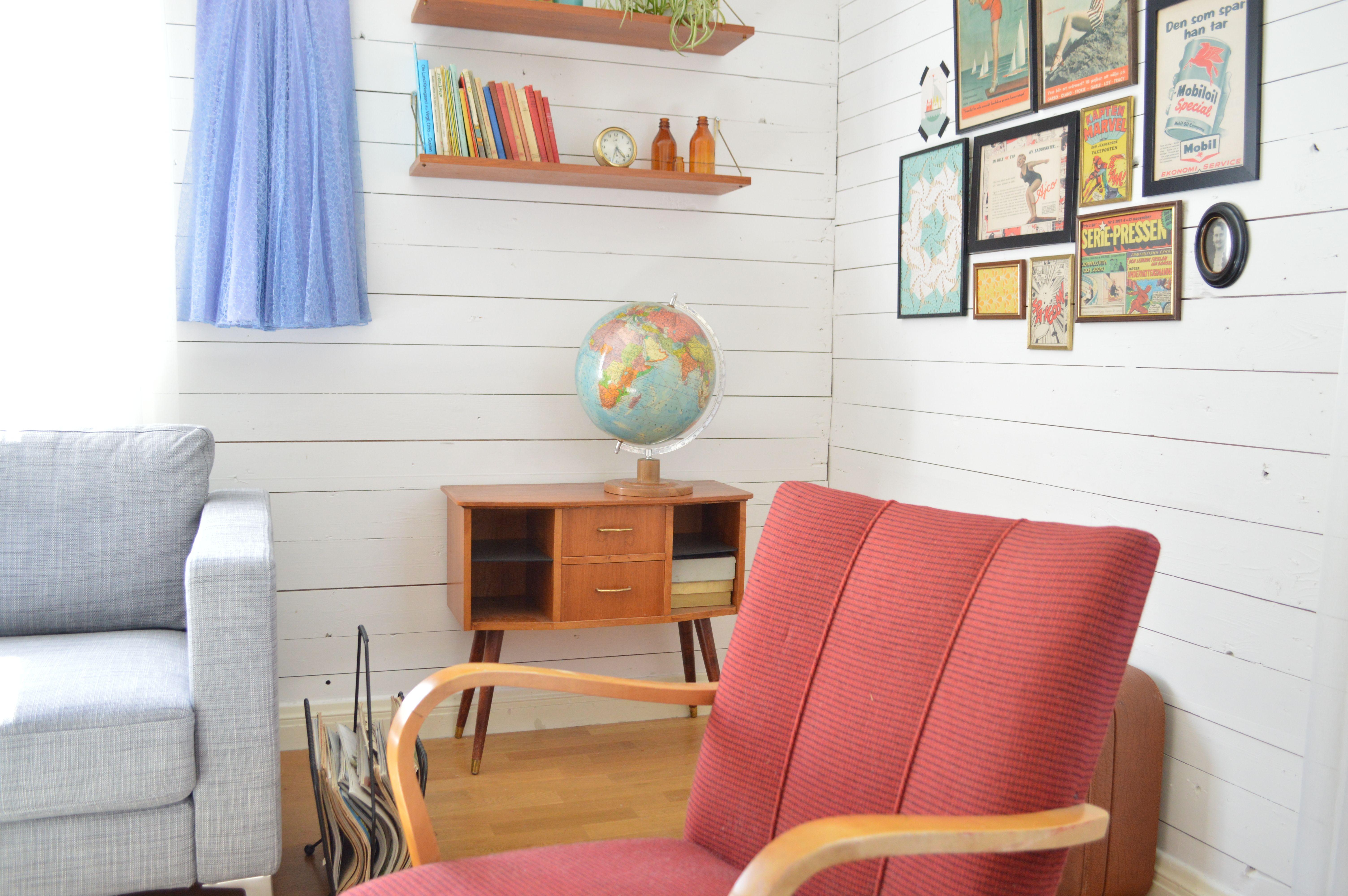My retro living room <3 Teak, vintage dresses and 50\'s furniture ...
