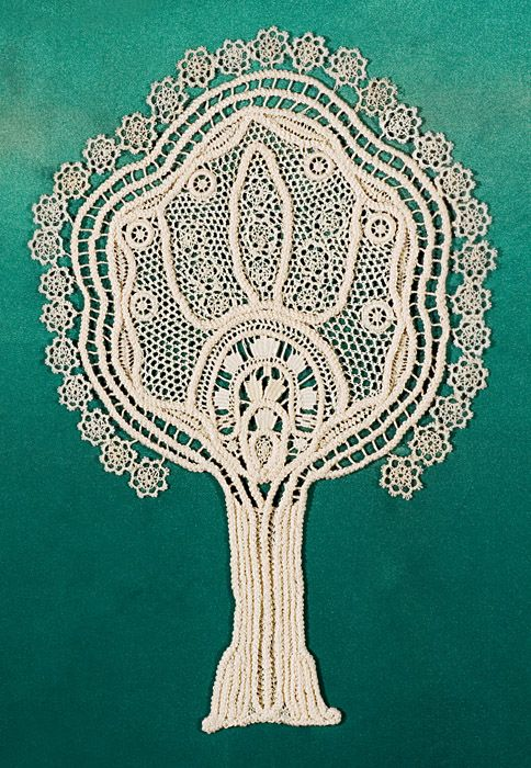 Tree of Life lacework by Melva Hindoian Emrazian, recipient of a 2006 Merit Award from the Church's International Art Competition