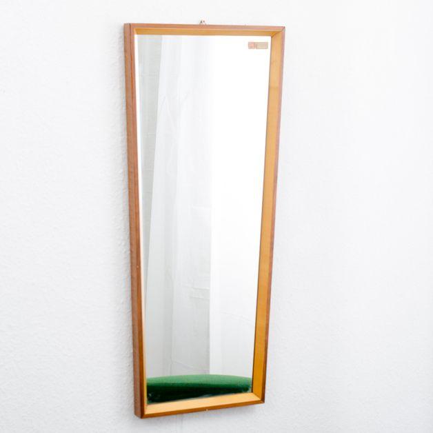Vintage Spiegel - 60er Trapez-Spiegel mit 2-farbigem Holzrahmen - ein Designerstück von Velvet-Point bei DaWanda