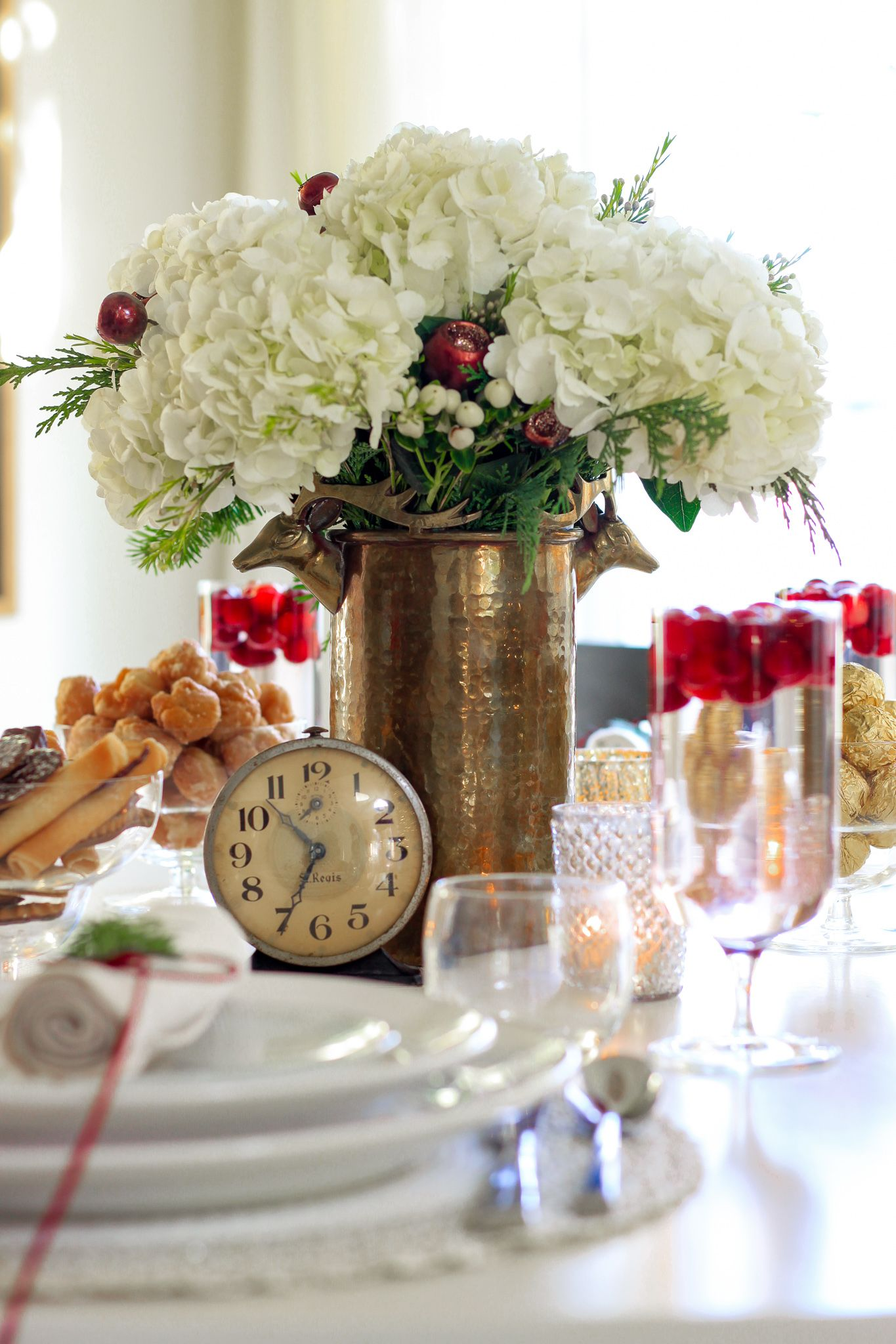 Elegant New Year's Eve Tablescape (With images)   New ...