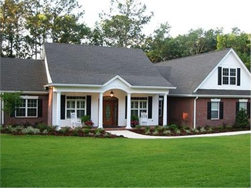 Colonial Ranch House Plan 3 Bdrm 2097 Sq Ft 109 1184 Ranch Style House Plans Ranch Style Homes Ranch House Plans