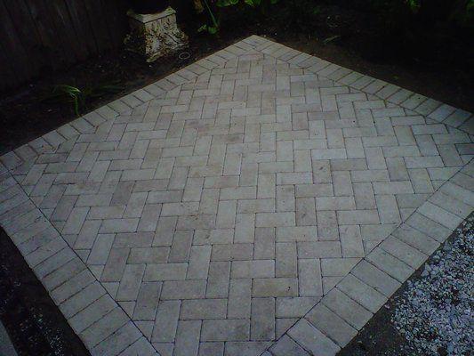 herringbone pattern for patio pavers