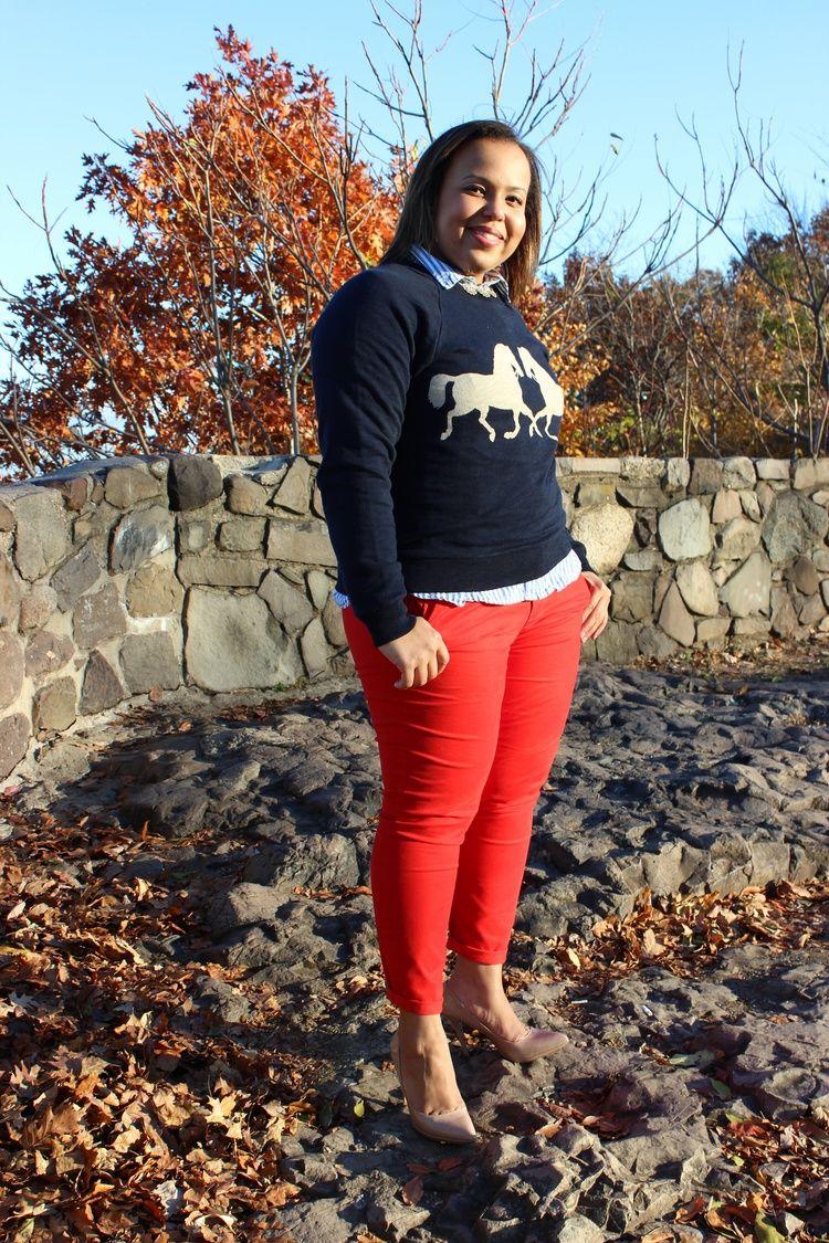 J crew horse sweatshirt. Plus size fashion blogger. Curvy fashion.