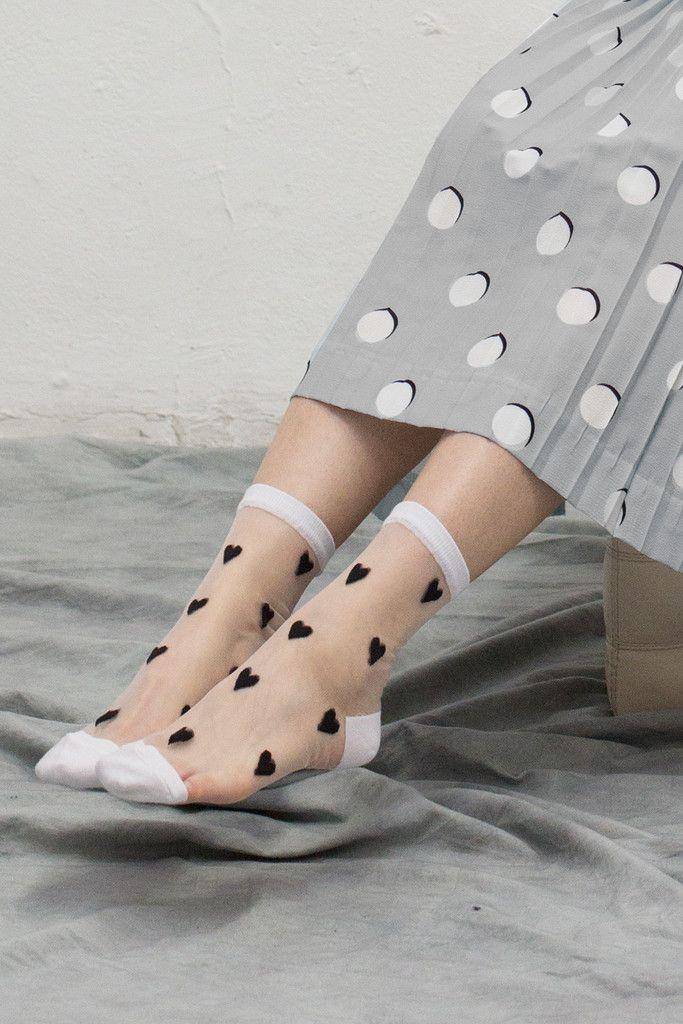 Sheer Heart Ankle Socks Black | The White Pepper