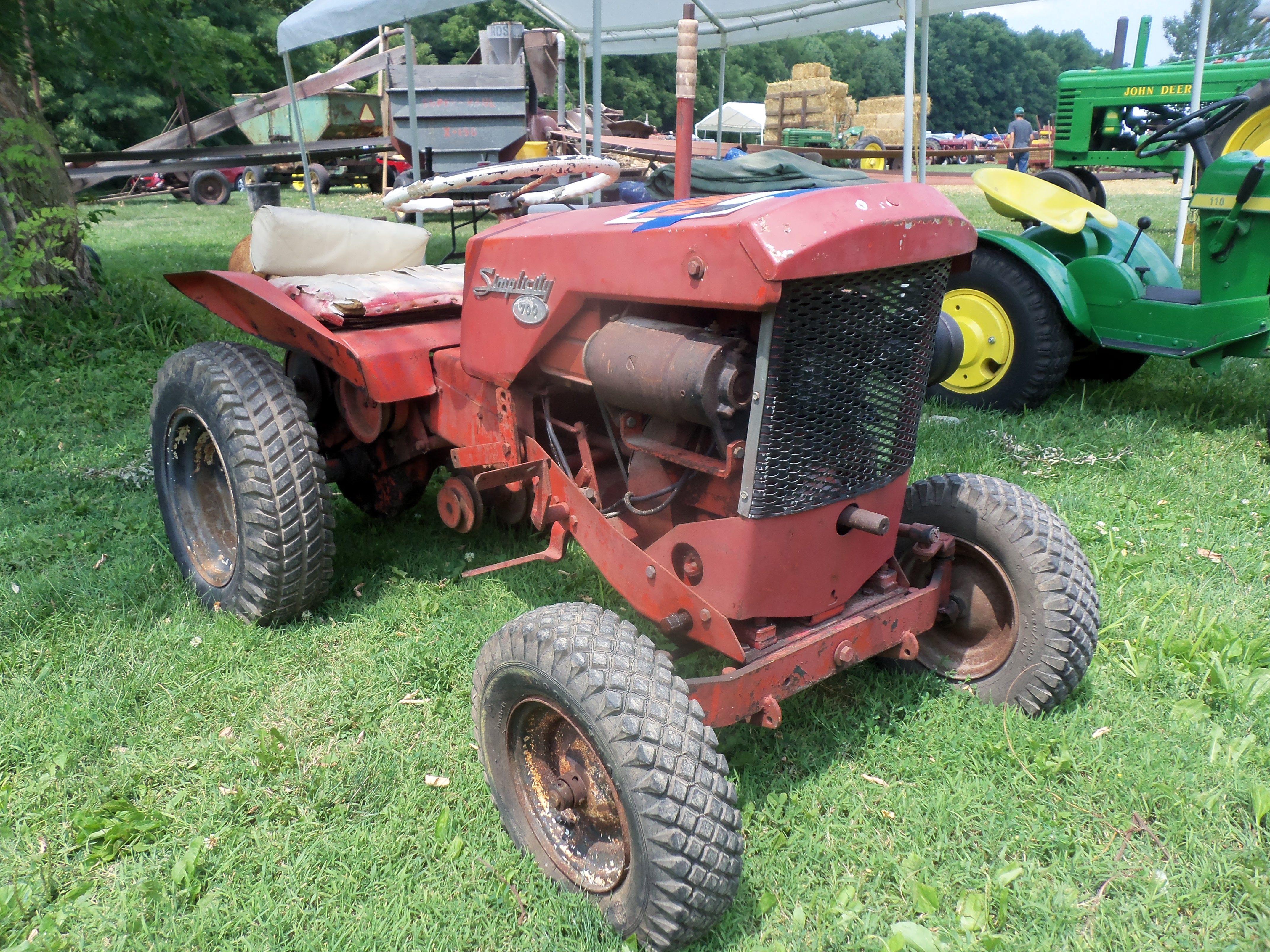 Simplicity 700 Lawn Garden Tractor Garden Tractor Lawn