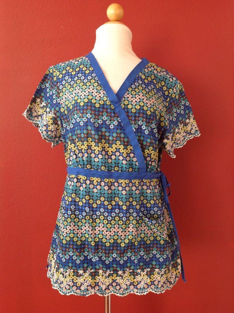 KOI Kathy Peterson Blue CAROLINE Wrap Pretty Daisy Scrub Top Size L 182PR #Koi