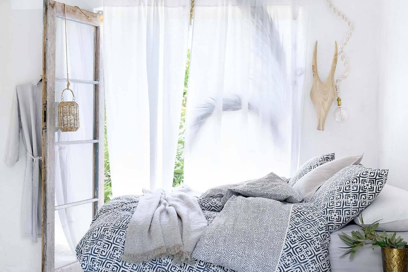 chambre coucher h m palm springs style pinterest chambre lit et linge de lit. Black Bedroom Furniture Sets. Home Design Ideas