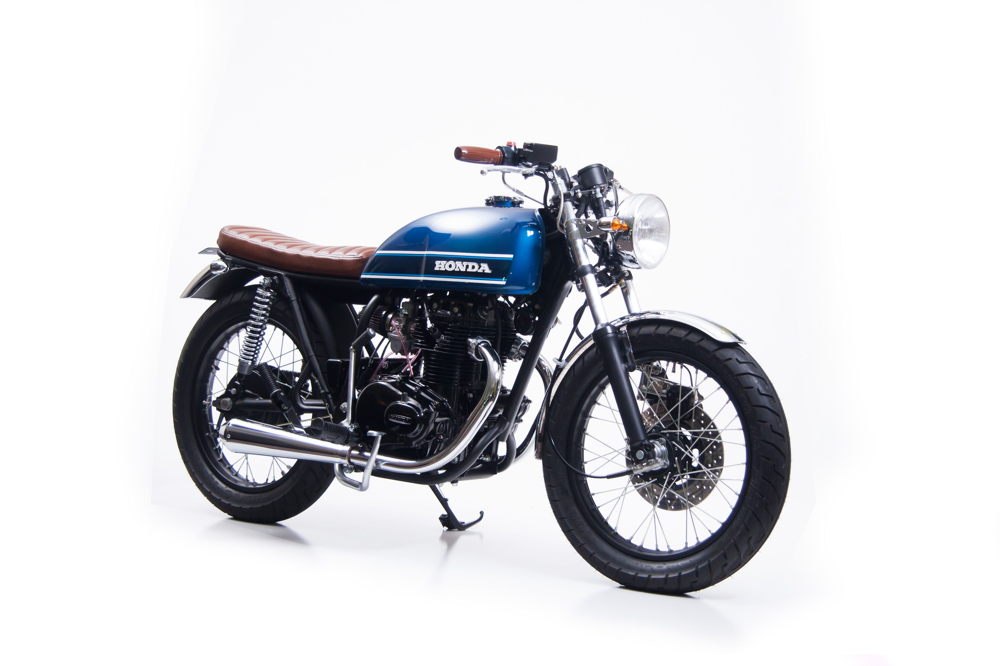 c5d74327a3f95 Custom restored Honda CB360T that blends the popular cafe racer and Brat  bike styles, while keeping a healthy does of its original