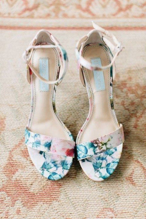 93259efbc1f 35 Floral Wedding Shoes Ideas