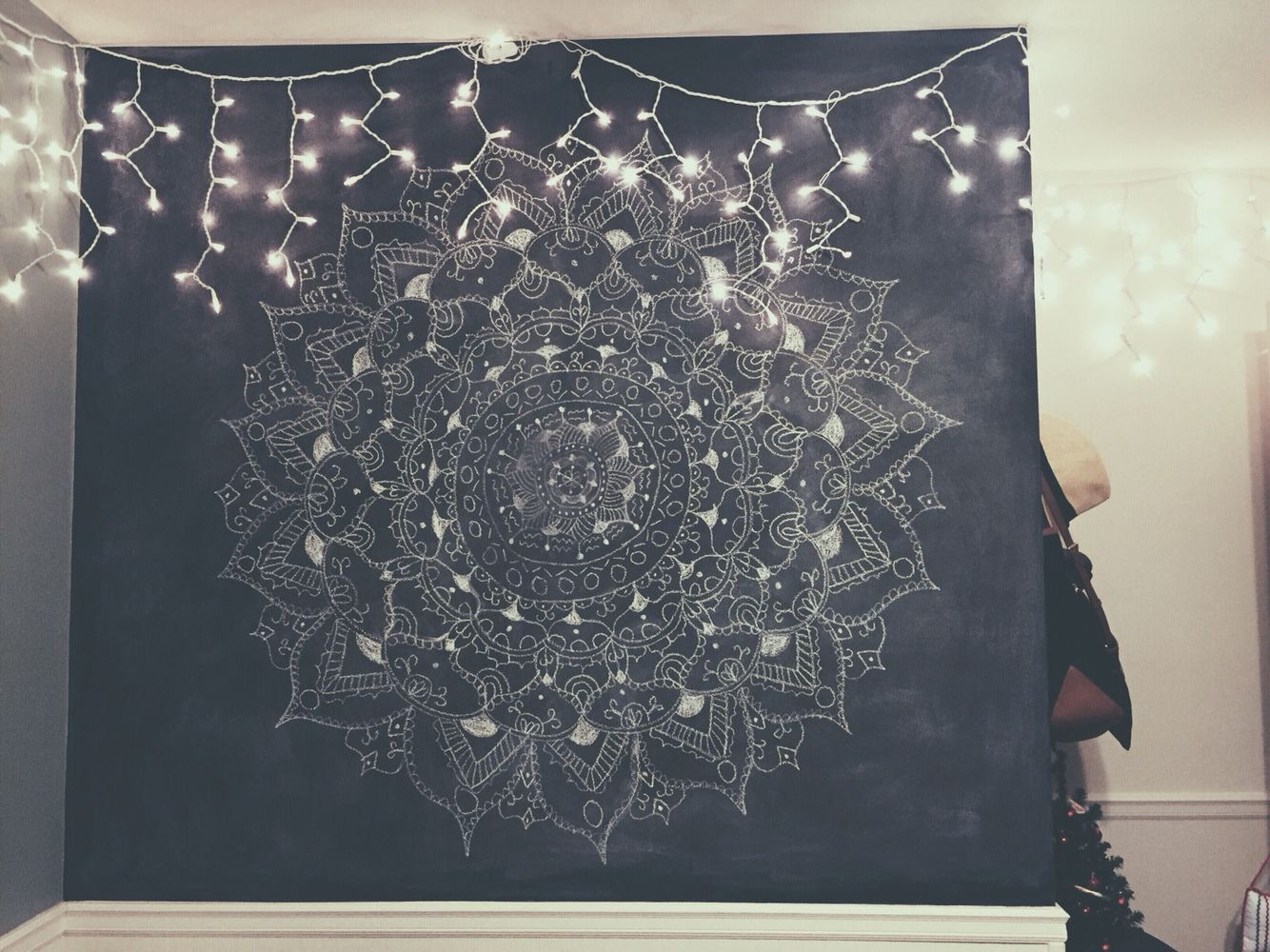 Henna Flower Drawing Chalkboard Wall Icicle Lights Bedroom Part 75