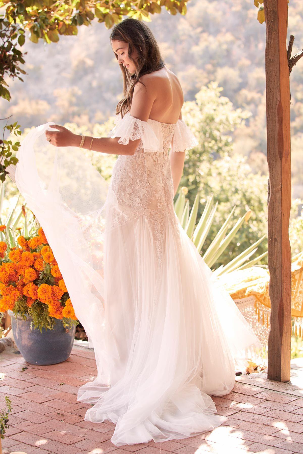 Willowby Mackinnon Boho Wedding Dress Boho Bride Dress Lace Wedding Dress Vintage [ 1800 x 1200 Pixel ]