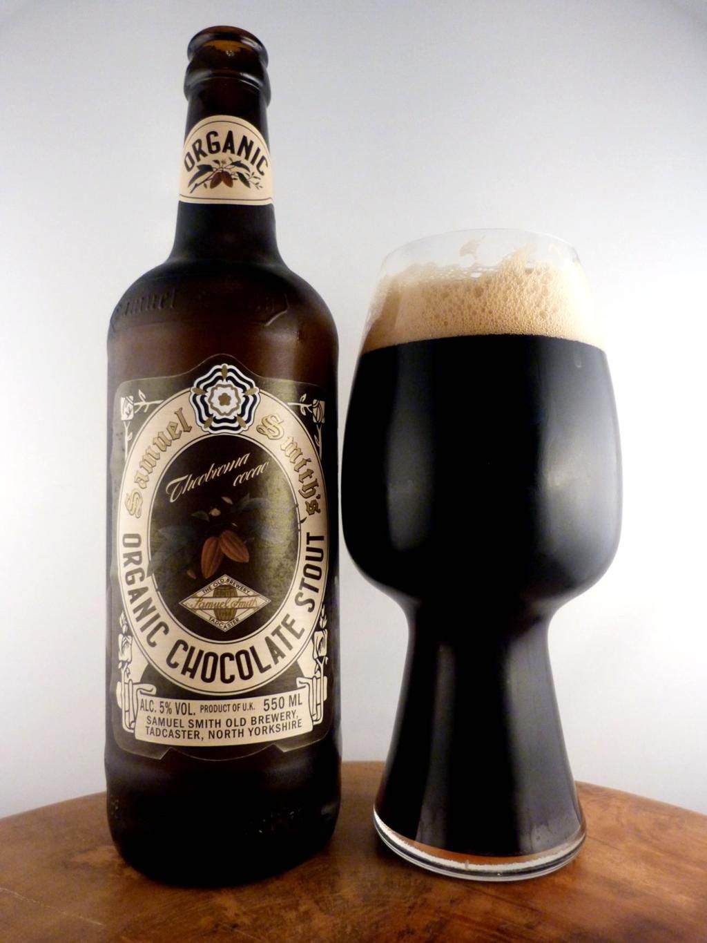 Organic Chocolate Stout goodness from @samsmithsbeer at 5.0%. An awesome #Yorkshire #beer blend of malts & chocolate!