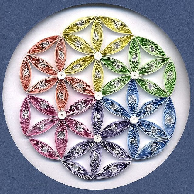 flower of life mandala quilling pinterest papier paperolles and papier origami. Black Bedroom Furniture Sets. Home Design Ideas