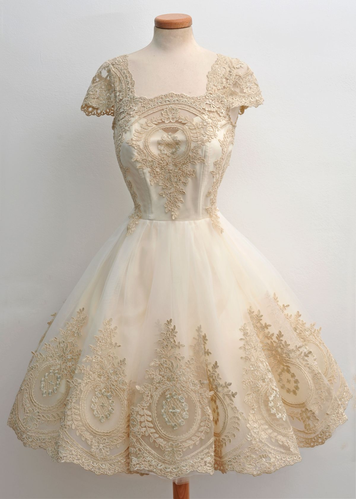 Chotronette fairytales pinterest champagne ivory and gold