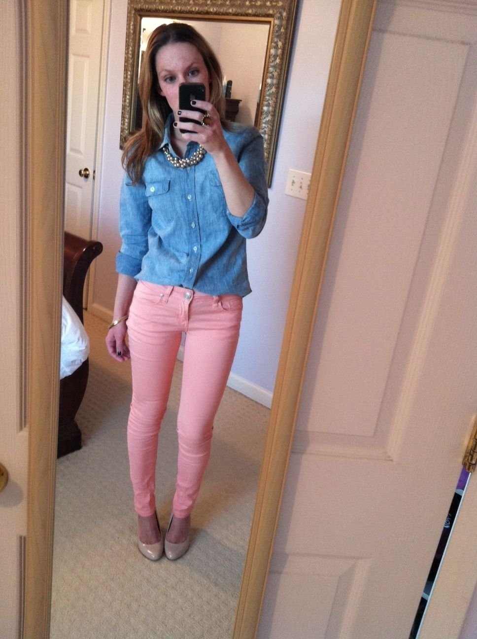 How to peach wear colored jeans forecasting to wear for spring in 2019