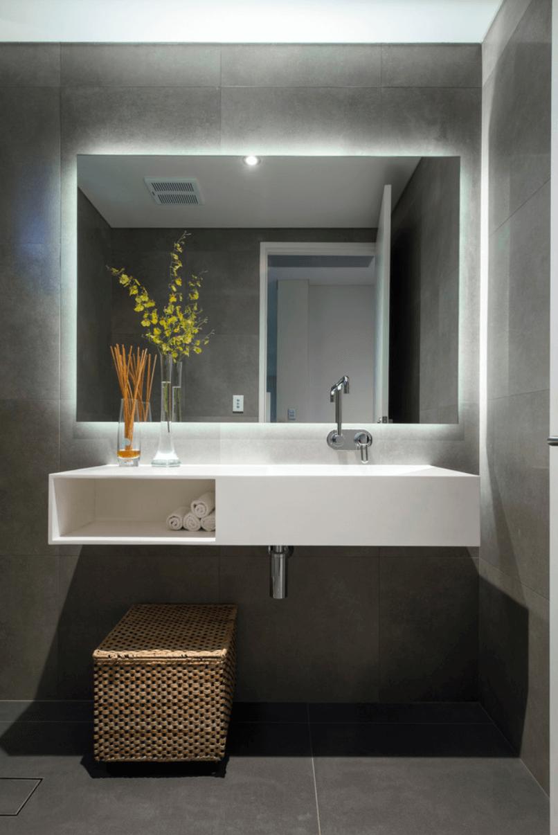 25 banheiros planejados arquidicas backlit bathroom mirror led mirror bathroom mirror storage