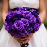 purple-wedding-bouquets on