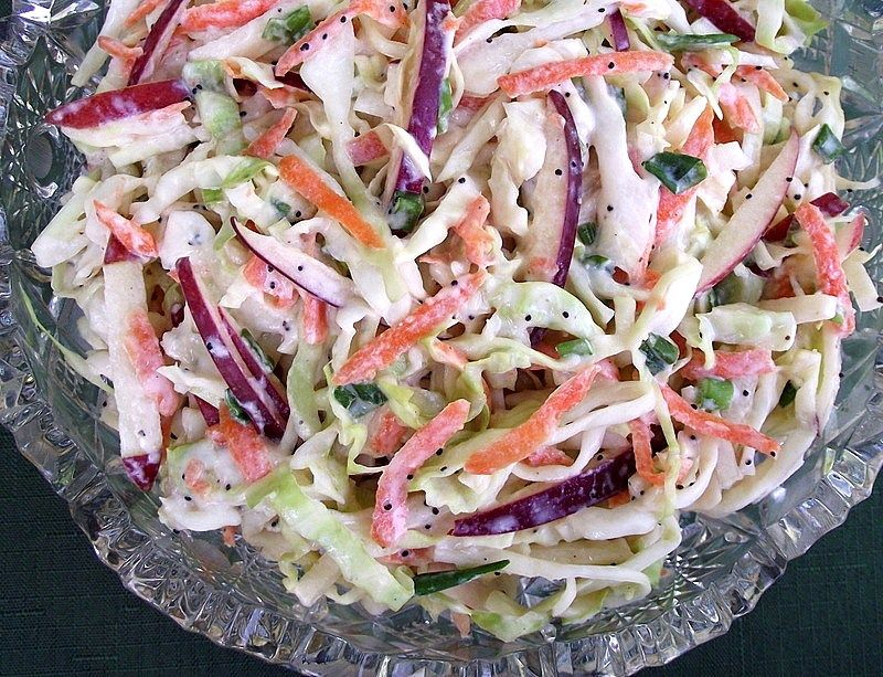 Apple and cabbage slaw with creamy poppy seed dressing