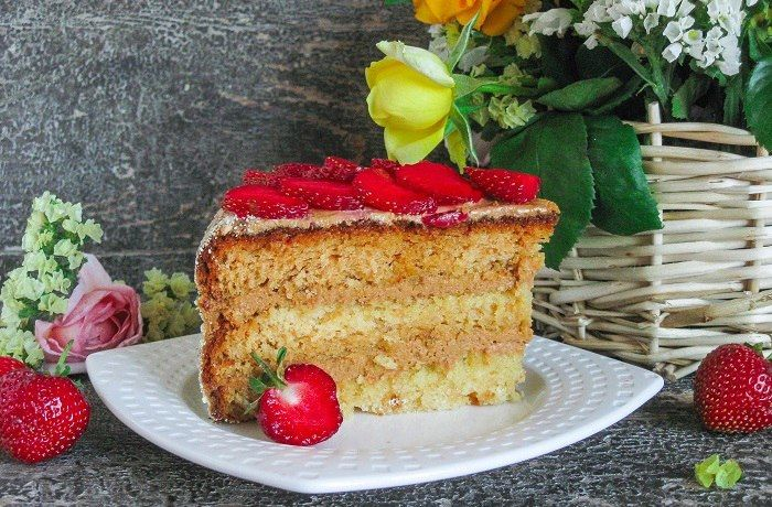 Honey Cake With Cream Of Condensed Milk Recipe Honey Cake Desserts Milk Recipes