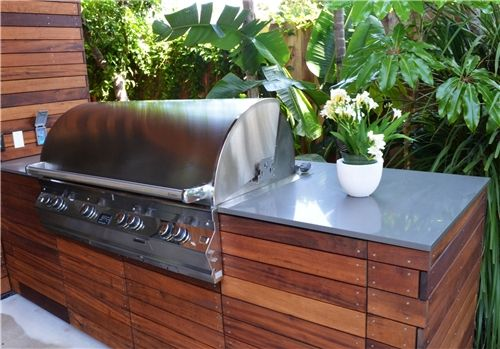 Ipe Grill Counter Built In Outdoor Kitchen Landscaping Network - Outdoor kitchens cabinets