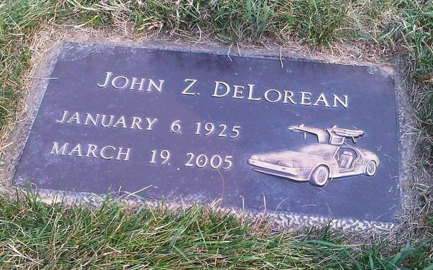 The Crash And Burn Of John Z Delorean Famous Tombstones Famous Graves Grave Monuments