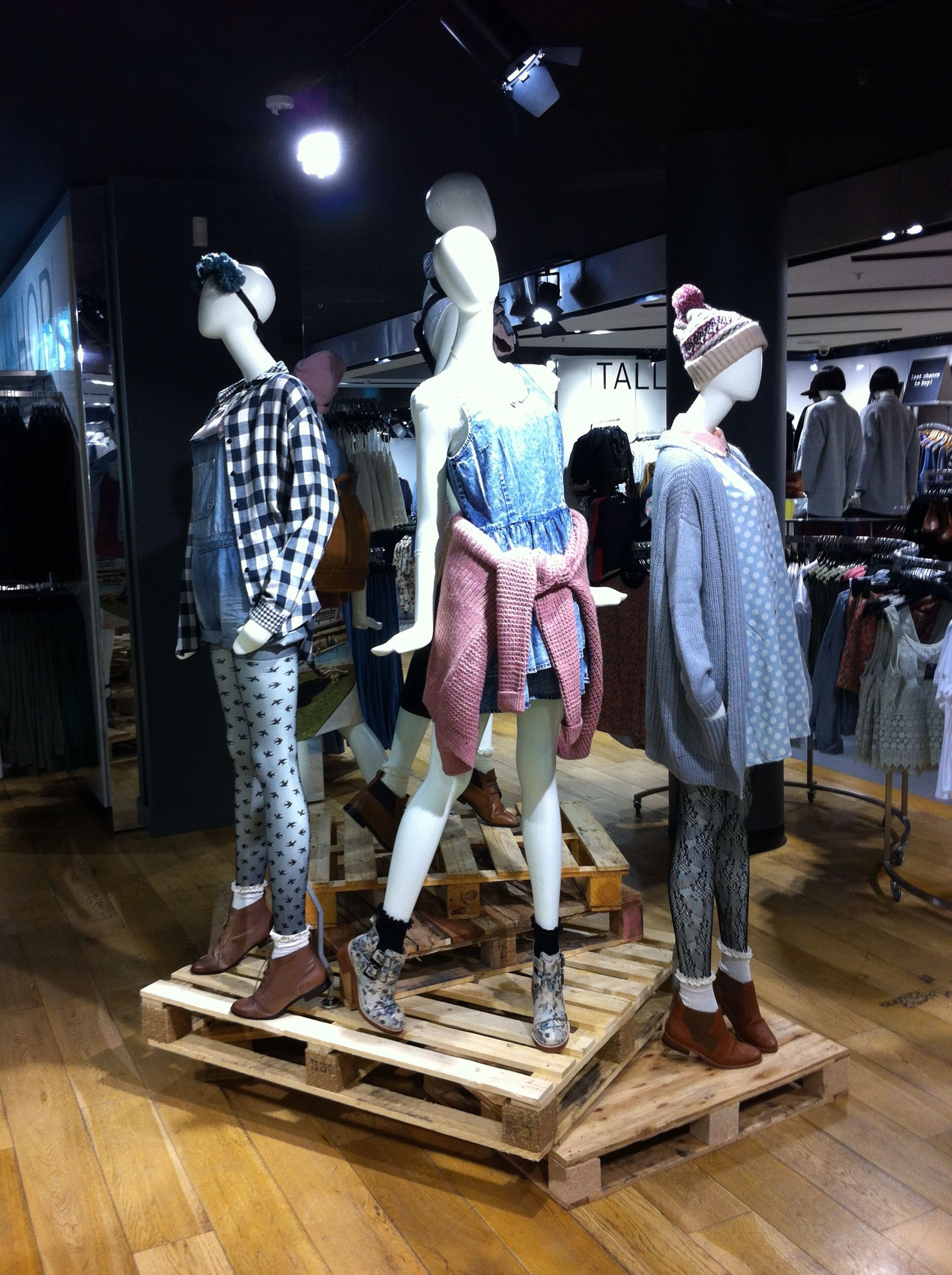 Top Shop Mannequin Styling Topshop Styling Pinterest