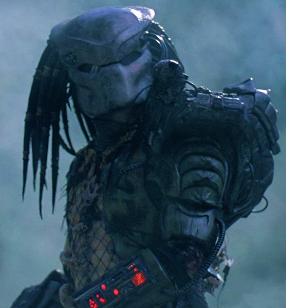 Kevin Peter Hall In Predator 1987 Predator Movie Predator Predator Artwork