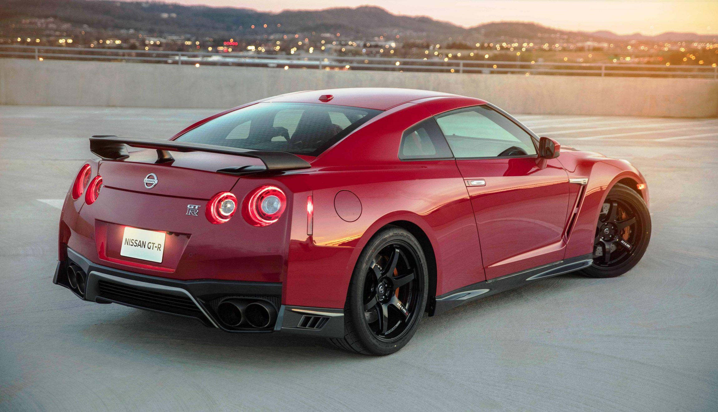2018+Nissan+GT-R+Track+Edition+Adds+Nismo+  S