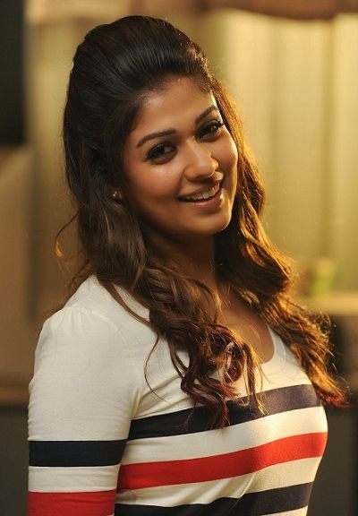 25 Best Haircuts For Circle Face And Round Head Women Hairstyles For Round Faces Round Face Haircuts Nayanthara Hairstyle